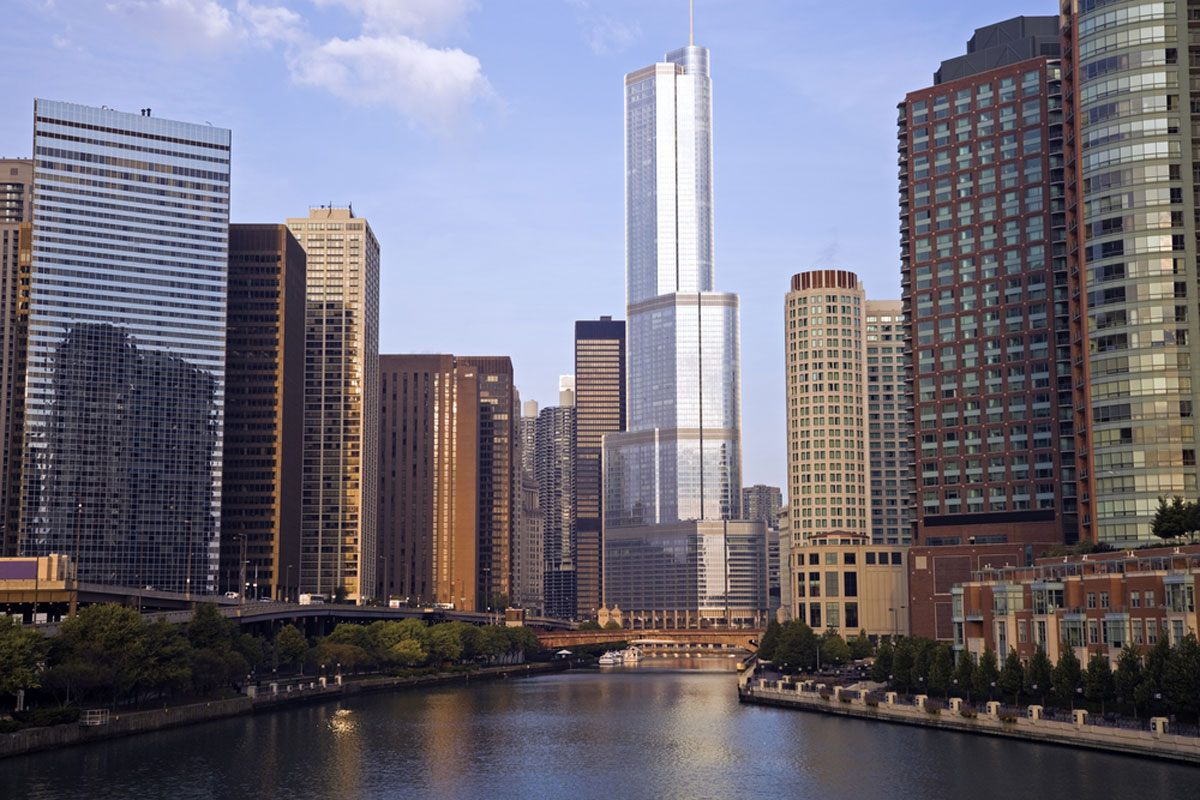 Trump Tower from the Chicago River