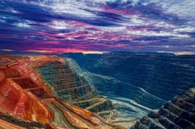 Phosphorus mine